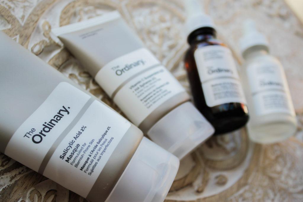 Les packagings des 4 produits The Ordinary que j'ai testé